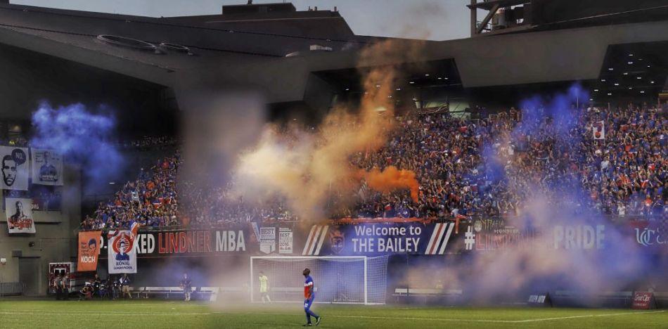 Ambiance dans un stade de soccer aux Etats-Unis
